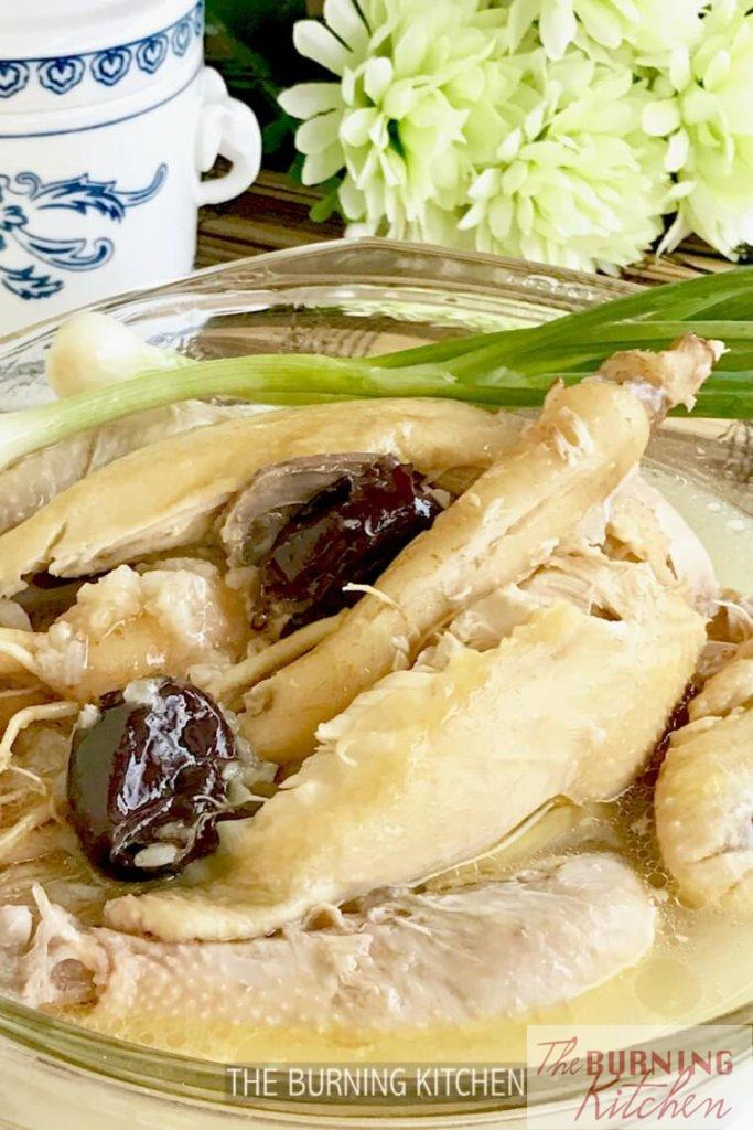 Korea Ginseng Chicken Soup (Sangyetang)