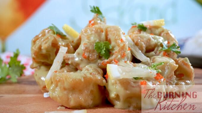 Crispy Wasabi Prawns: These deep-fried large crispy prawns coated in delicious creamy wasabi sauce are a restaurant favourite of many Singaporeans!