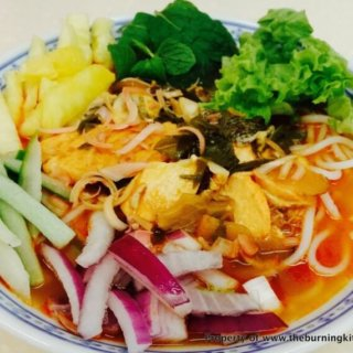 Penang Assam Laksa with Salmon