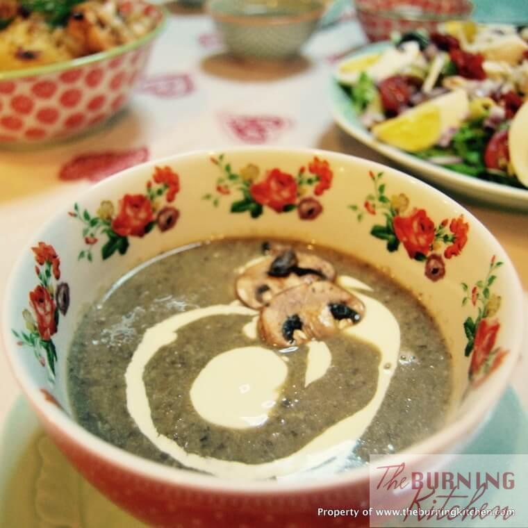 Homestyle Creamy Mushroom Soup: My favourite creamy mushroom soup recipe by far - creamy but not overwhelmingly so, not starchy, full of earthy mushroom flavour and a beautiful texture and mouthfeel!