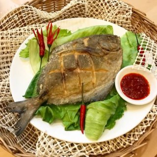 Ultra Crispy Fried Pomfret Recipe