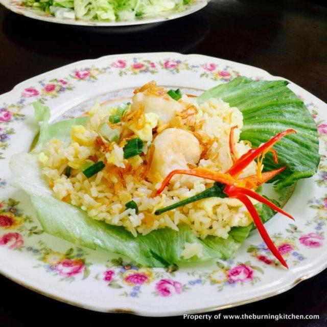 Prawn and Egg Fried Rice (虾仁蛋饭)