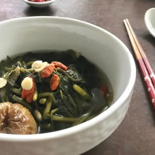 Chinese Watercress and Honey Date Soup (西洋菜汤) Recipe
