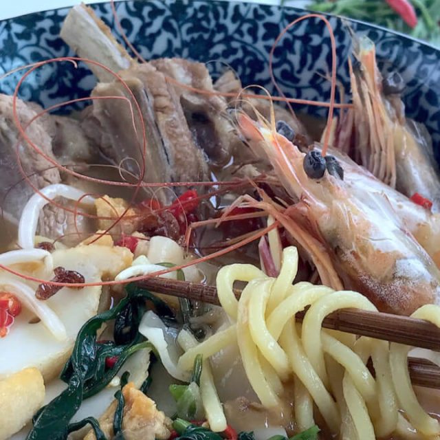 Prawn Noodles (虾面/Hae Mee) with Pork Ribs