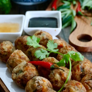Deep Fried Prawn Roll (Hei Zho)